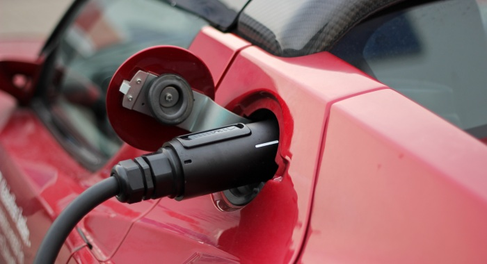 Electric Cars Turn Luxury