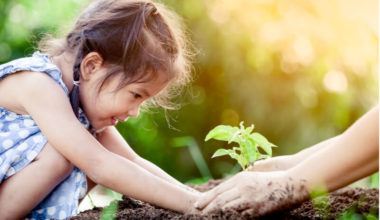 8 ways to have a kid-friendly Earth Day