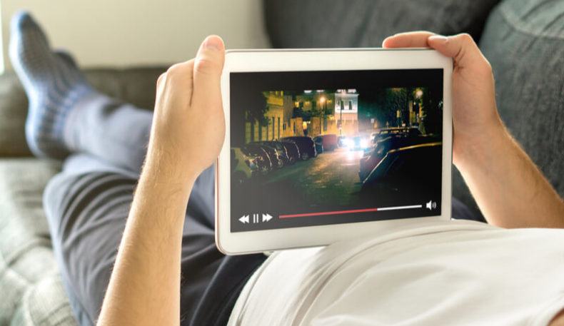 How energy-efficient is online streaming during quarantine?